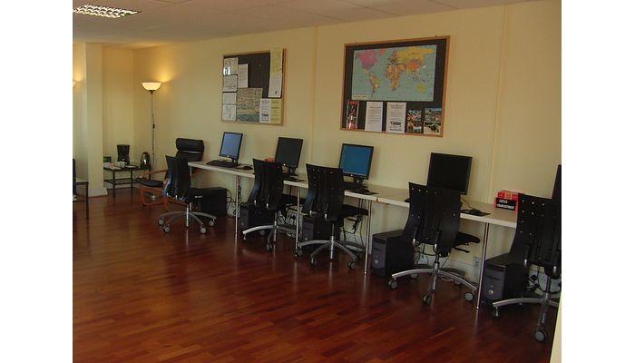 세인트 자일스, 브라이튼(St. Giles College, Brighton) 인터넷룸