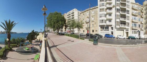 학교 앞 풍경